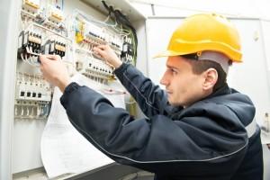 לימודי הנדסאי חשמל